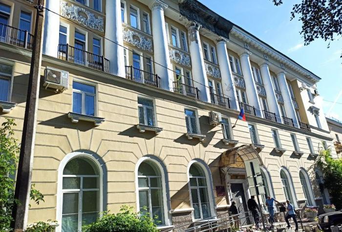 Фасад здания суда